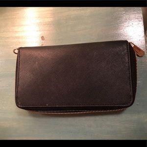 Michael Kors Bags - Black leather Michael Kors Wallet